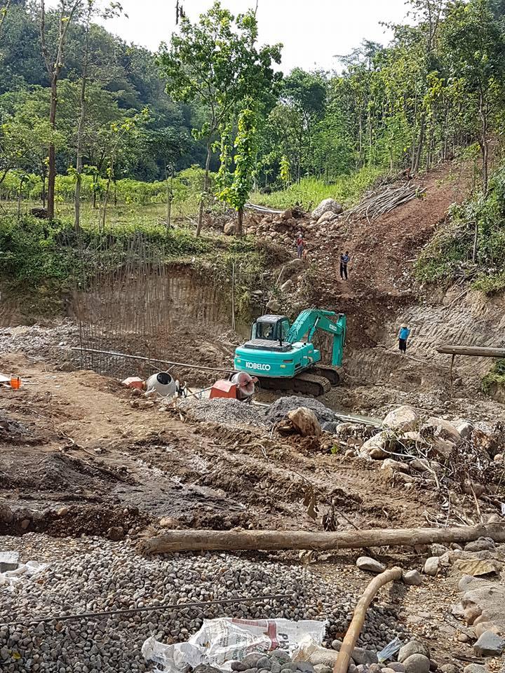 Proyek jembatan karang anyar