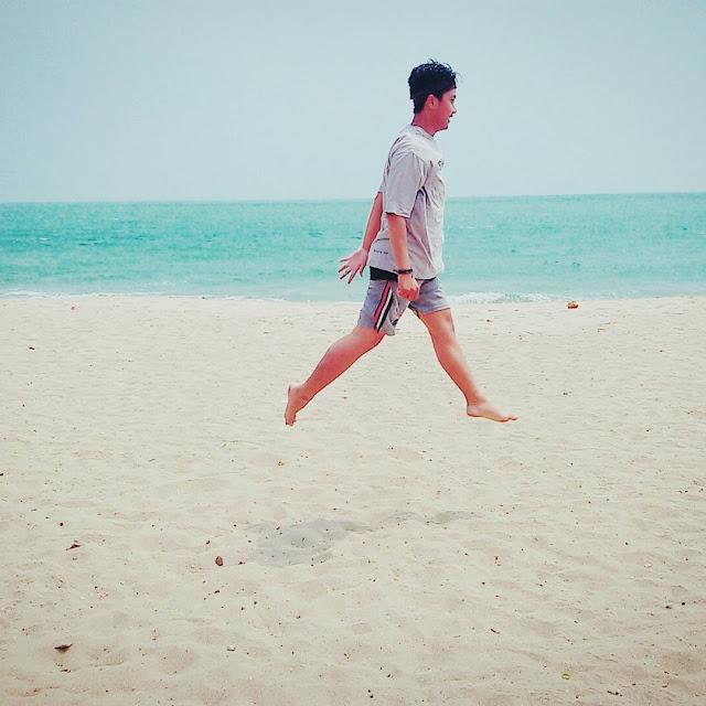 foto pasir putih pantai sambolo banten