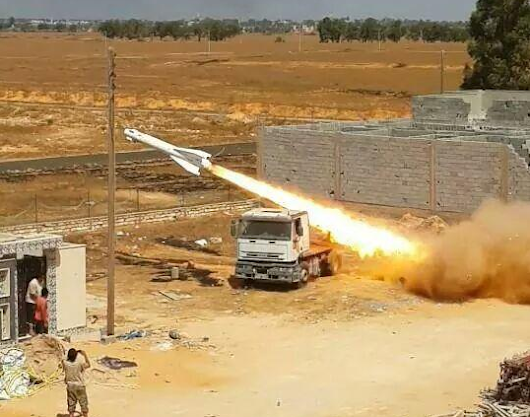 Kh-29 air-to-surface missiles used as unguided rockets in Libya