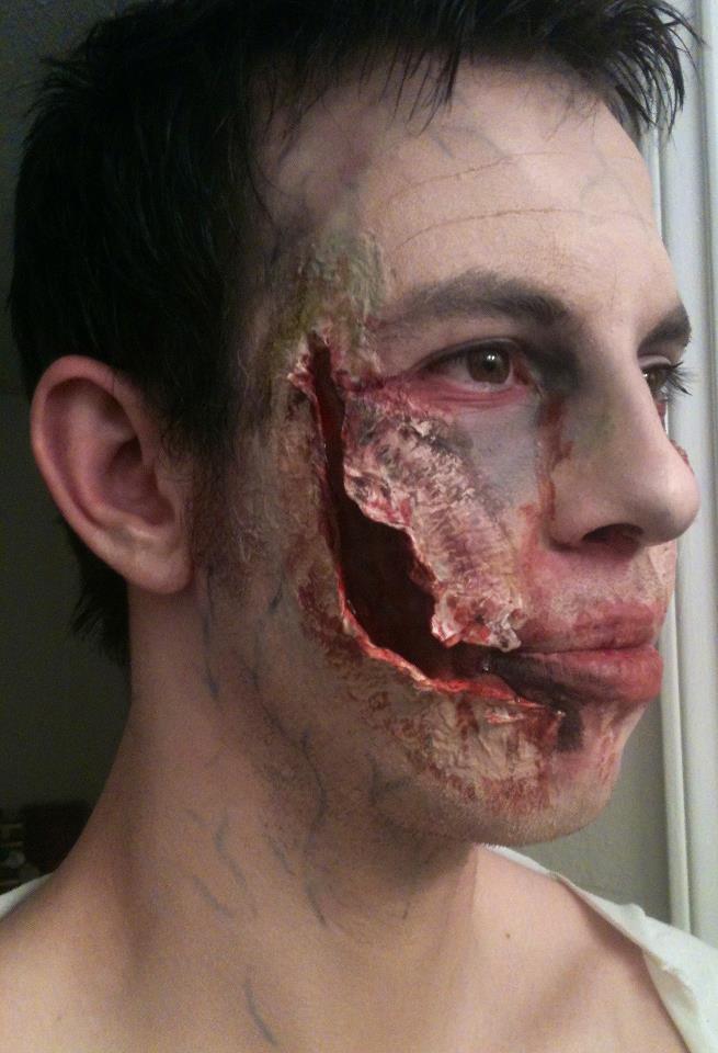 Zombie makeup tutorial youtube.