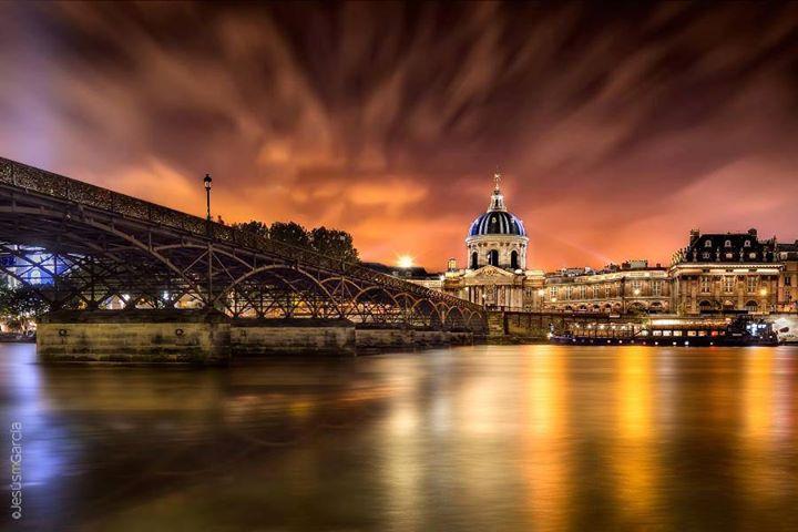 Pont des Arts  Paris France  Natural Wallpapers  Latest Fashion  Latest Events