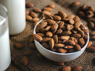 almond weight gain,soaked almonds for weight gain,how to gain weight,how to gain weight naturally