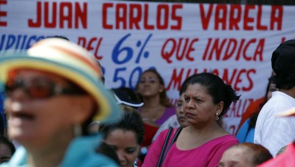 Docentes panameños ponen fin al paro de más de una semana