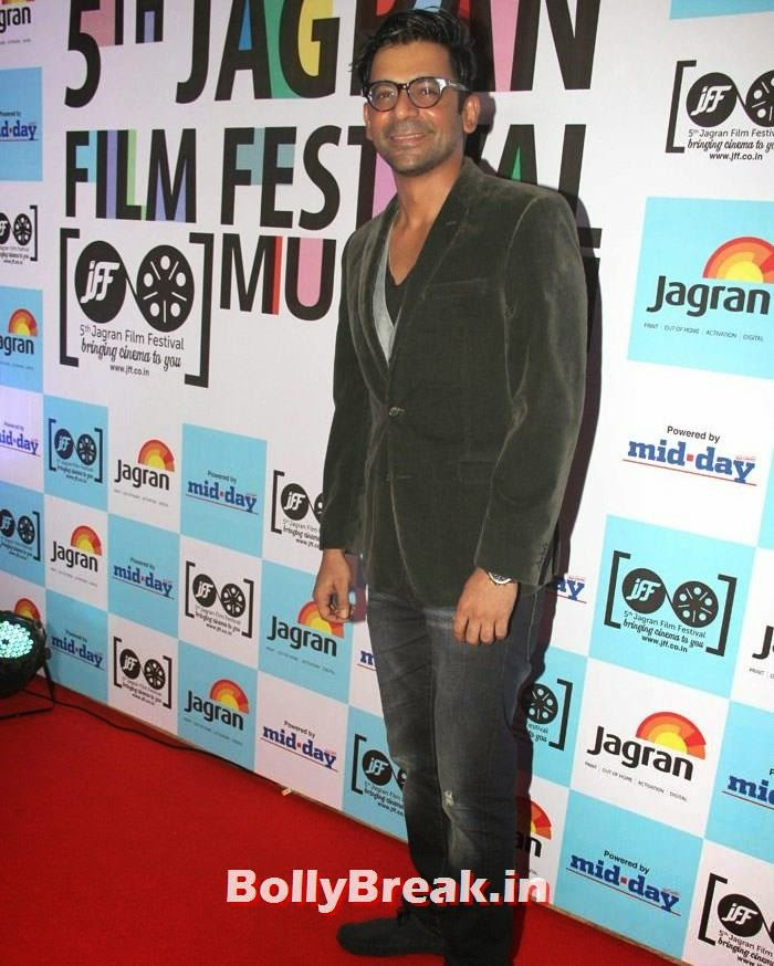 Sunil Grover, 5th Jagran Film Festival Red Carpet Pics