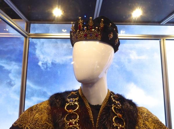 King Ferdinand crown Assassins Creed
