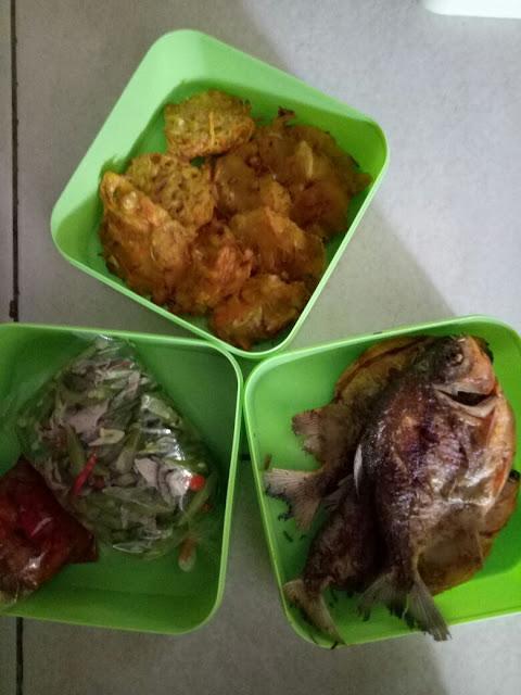 Paket catering harian untuk 3 orang