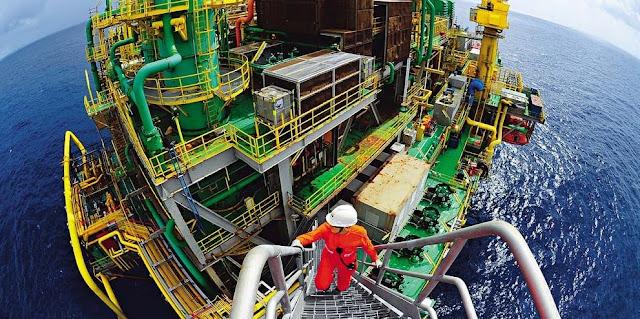 Petrobras reduz preço da gasolina e mantém diesel em R$ 2,0316