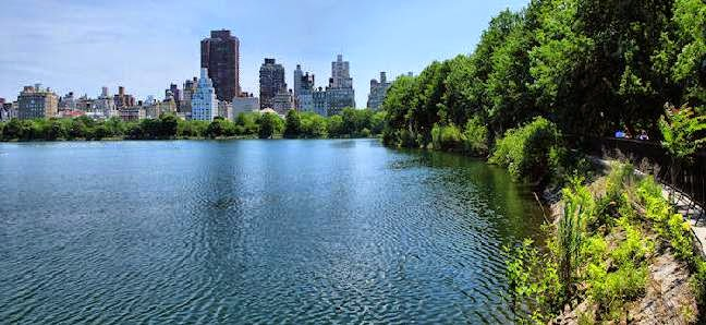 visit the reservoir by Central Park Pedicabs