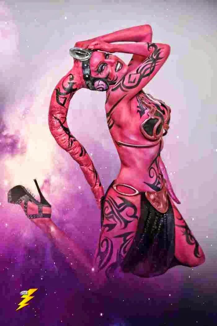 Бодиарт художница. Shannon Holt