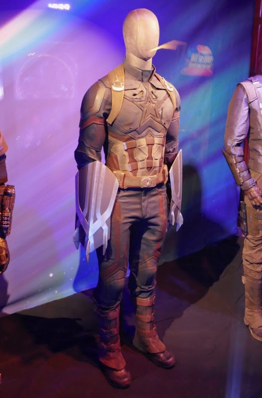 Captain America costume Avengers Infinity War