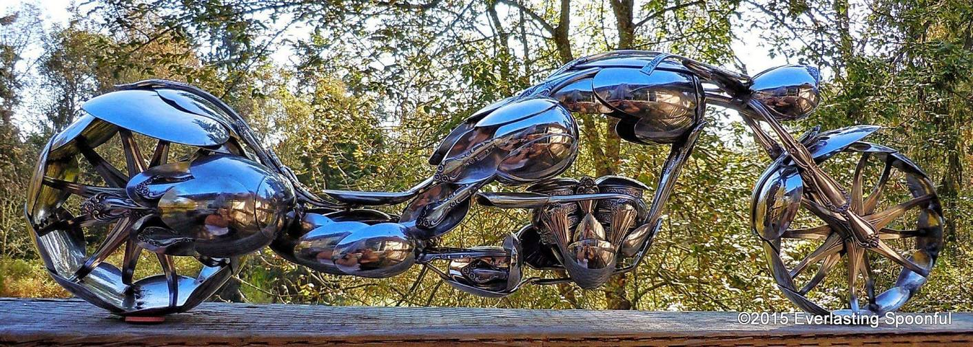 11-Jim-Rice-Chopper-Motorcycle-Sculptures-made-from-Spoons-www-designstack-co