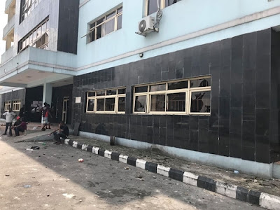 Two Killed, Properties Destroyed As Gunmen Attack Rivers State High Court (Photos)