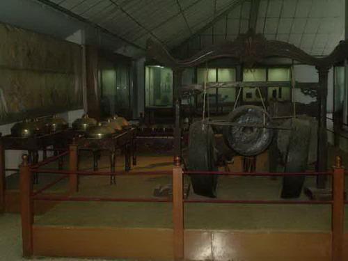 Wisata budaya di museum sribaduga bandung