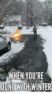 """Funny Winter Memes - """"When you're done with winter."""""""