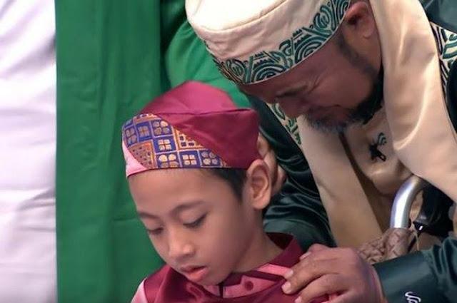 Divonis Lumpuh Otak, Hafidz Cilik Ini Bisa Hafal 30 Juz al-Qur'an Lengkap Sampai Letak Halamannya
