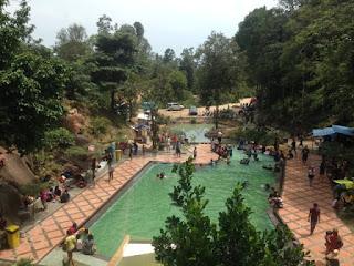Kolam Renang Tamara Karimun, Sensasi Sejuknya Air Gunung Jantan