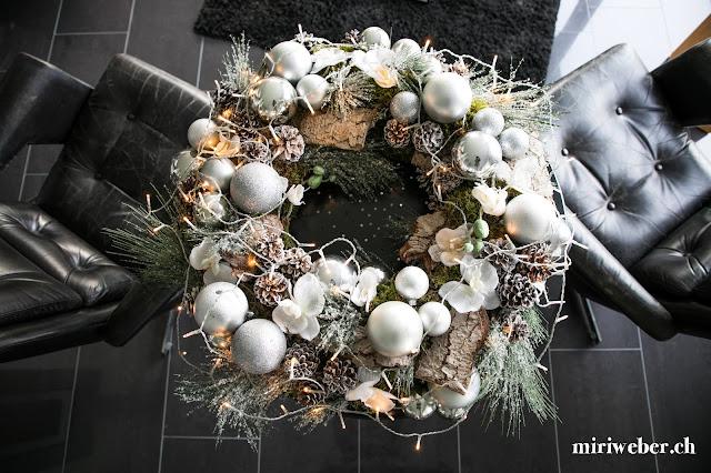 DIY Blog, DIY Kranz, Kranz selber machen, Weihnachts Kranz, Advents Kranz, Kranz stecken, Schweizer DIY Blog, Kreativblog Schweiz, DIY Bloggerin Schweiz, Weihnachts Dekoration selber machen, Advents Dekoration Ideen