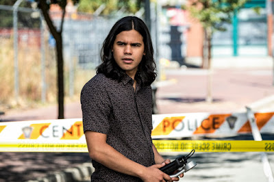 """The Flash -- """"Nora"""" -- Image Number: FLA501b_204b.jpg -- Pictured: Carlos Valdes as Cisco Ramon -- Photo: Katie Yu/The CW -- © 2018 The CW Network, LLC. All rights reserved"""