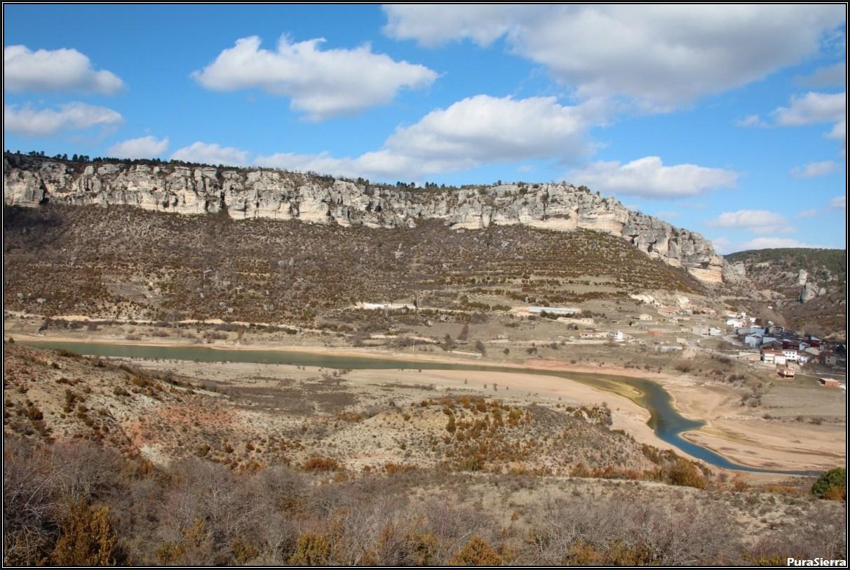 Santa María Del Val y el Río Cuervo