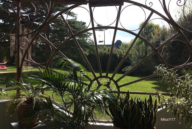 Decoration Du Jardin Avec Ancienne Baignoire