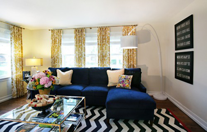 WISHLISTED: NAVY BLUE VELVET SOFA