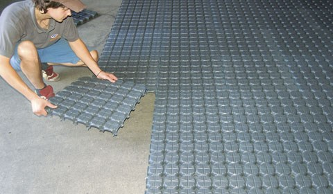 New Interlocking PVC Floor Tiles - Decor Units