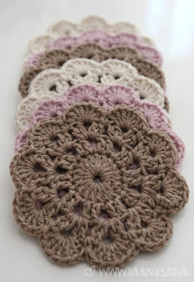 http://lululoves.co.uk/item/crochet-coasters.html