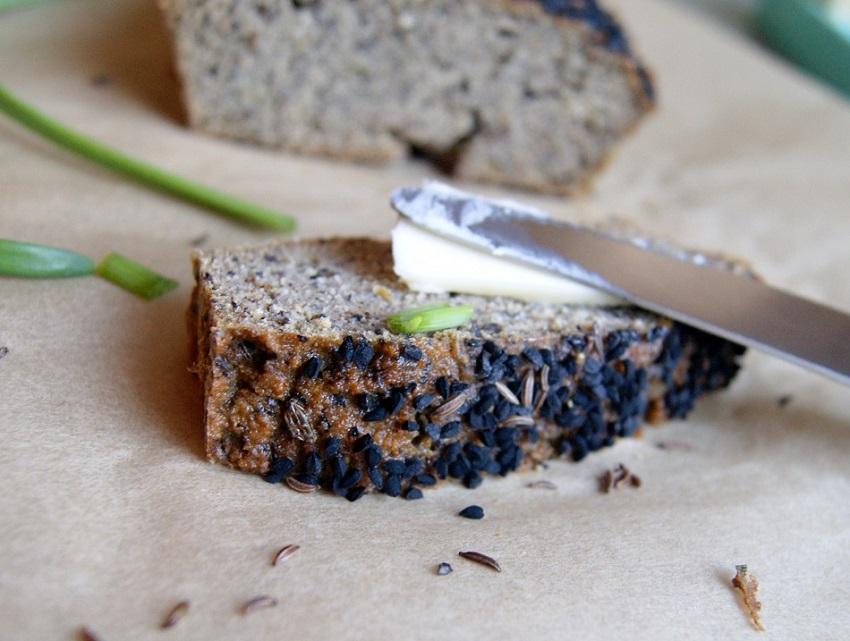 Chleb z mąki kokosowej, bezzbożowy, bezglutenowy