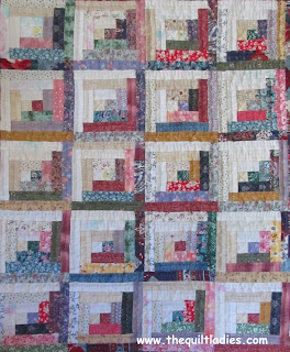 FREE Mini Log Cabin Quilt Pattern from The Quilt Ladies