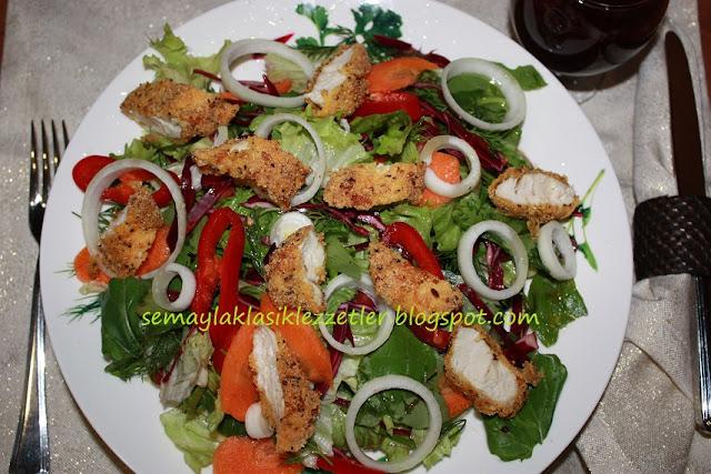 Tavuklu Mevsim Salatası