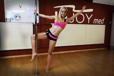 alexithemodel: Poledance Shooting