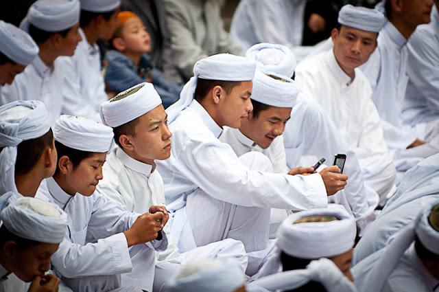 China Paksa Pelajar Muslim Teken Perjanjian untuk Tidak Berpuasa