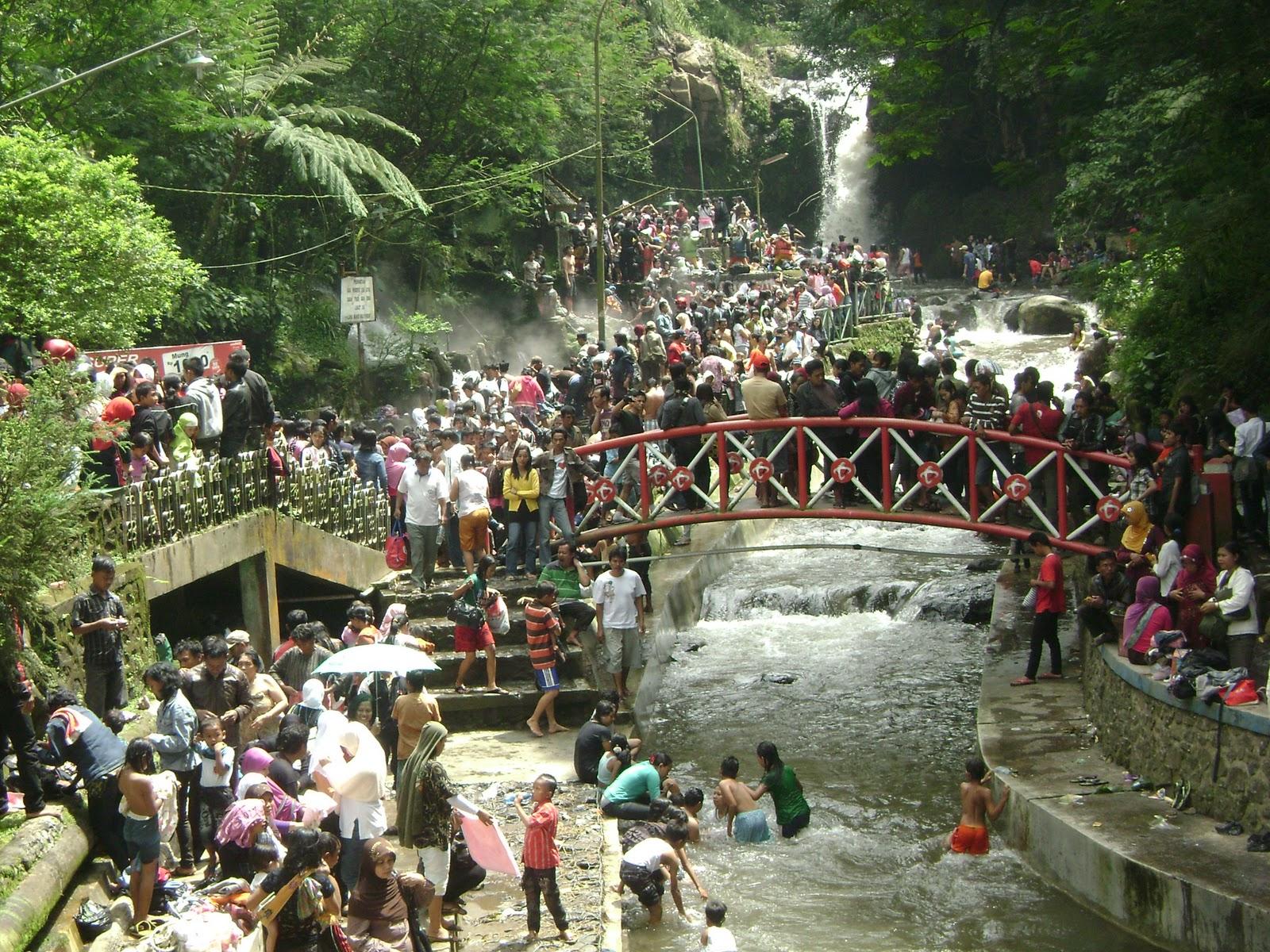 Taman Wisata Air Panas Guci Cakrawala International Tour And