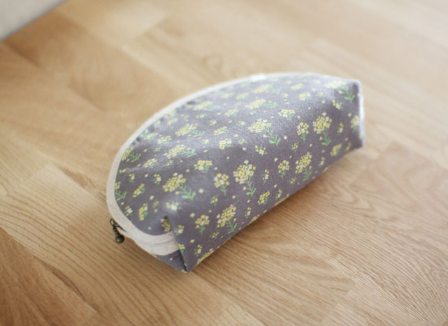 Simple cosmetic bags. How to Sew