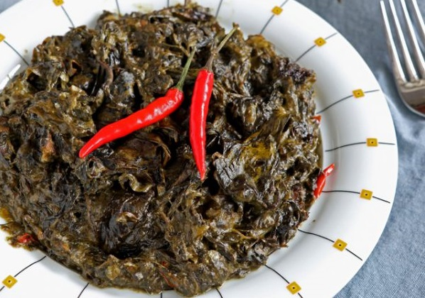 Authentic Laing (Taro Leaves In Coconut Milk) Recipe