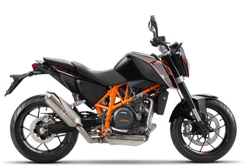 The KTM 690 Duke Mileage and Performance