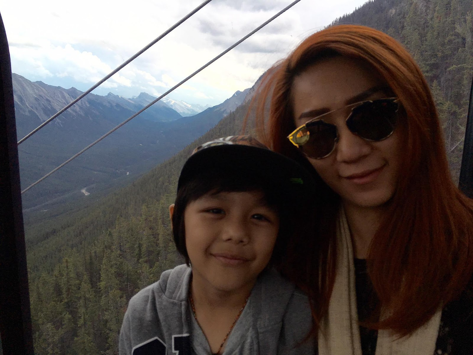 R Zar Ni And Family Visit To Canadian Rocky Mountains , Banff Gondola At Sulphur Mountain , To Perform in Calgary, Alberta Pictures Special