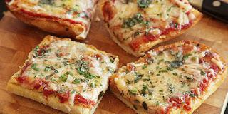 Resep Membuat Pizza Sosis Telur Dadar Enak
