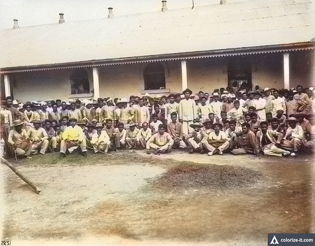 A photo of Filipino prisoners in Batangas, 1898.  Image source:  University of Wisconsin Digital Collections.