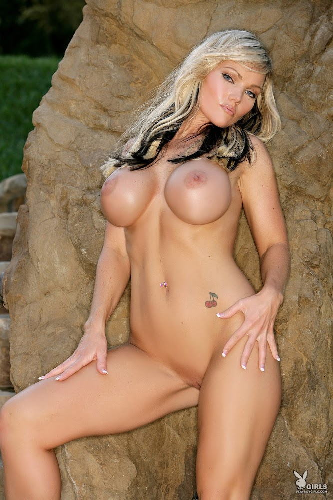 1581303580_34555_full [Playboy Archives] Brooke D Williams - Bustybabes / Sexywives