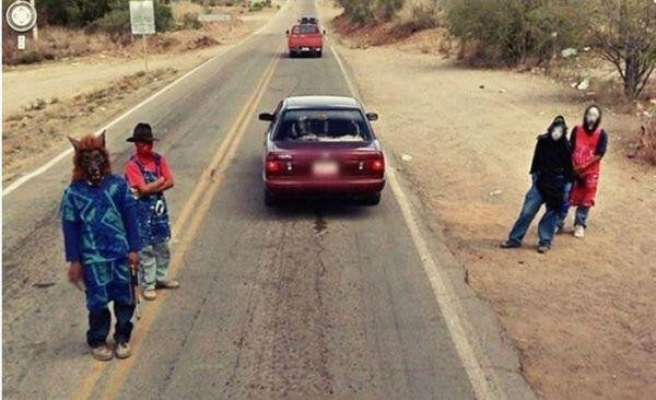 18 Hilariously Weird Moments Captured On Google Street View - Zombies out on the street!