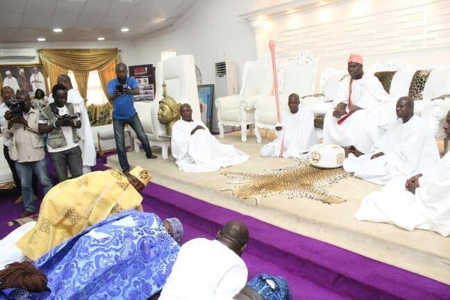Oba Adefunmi Egunjobi Oloyotunji of Oyotunji, Sheldon South Carolina, USA Visits Ile-Ife
