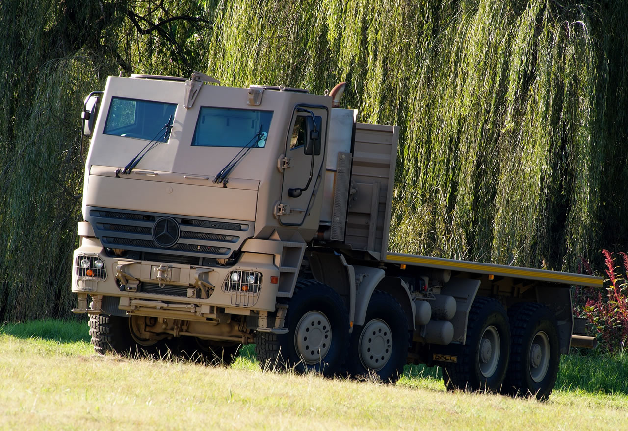mercedes casa madre 22_Armored_Mercedes_Benz_Actros_Truck