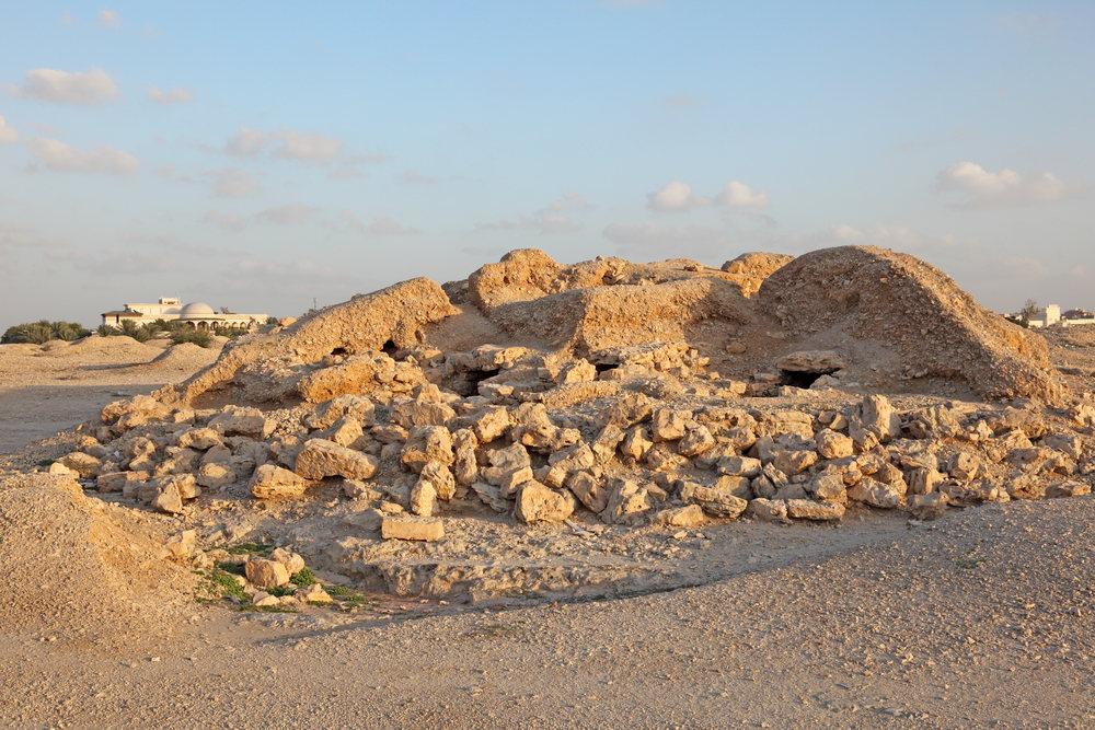 dilmun burial mounds