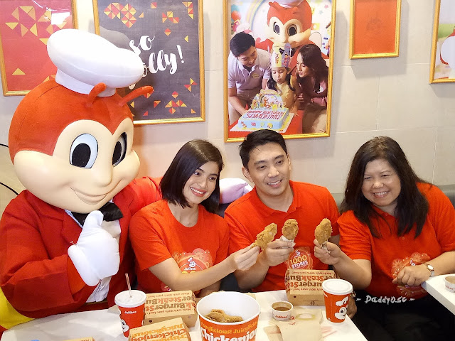 Anne Curtis eat chickenjoy