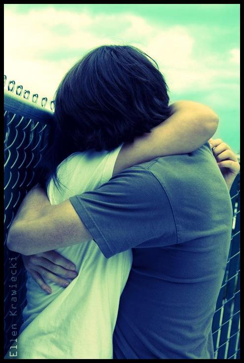 Tight hug cute pics - Tight hug wallpaper ...