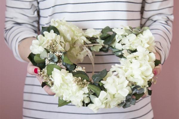 Flores-corona-pelo-novias