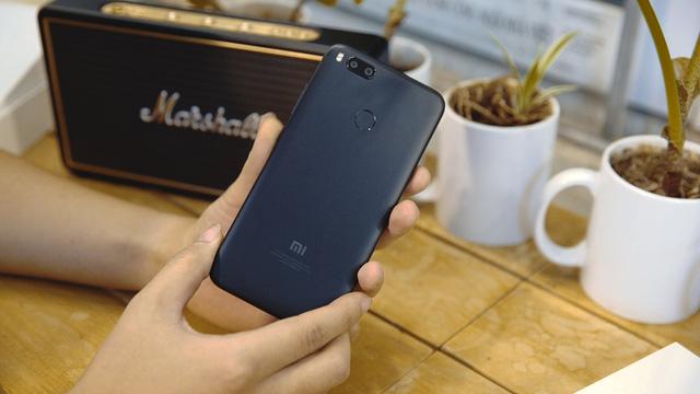 Bảng giá điện thoại Xiaomi tháng 1/2019: 3 sản phẩm giảm giá