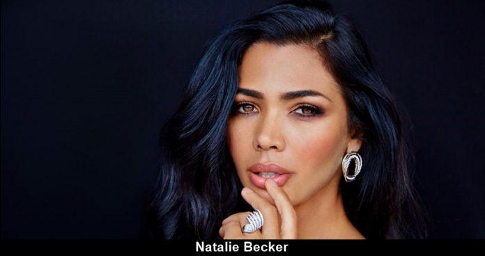 Natalie Becker Nude Photos 21