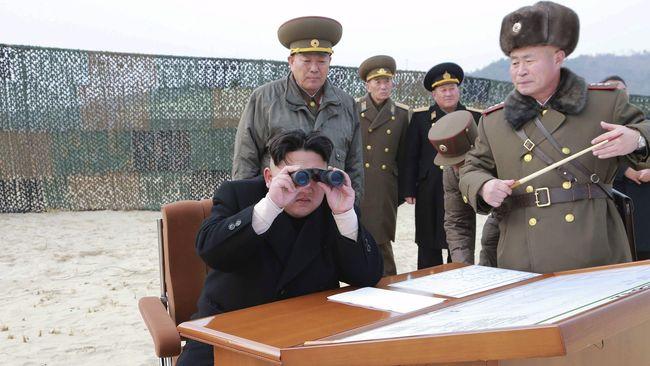 Korea Utara Kehilangan Kontak dengan Salah Kapal Selamnya